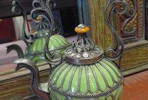Teapots for P Thompson