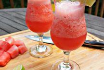 delicous cocktails and mocktails