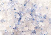 Sels pour cuisiner / Des sels rouges, blancs, noirs, en cristaux, en pierre, en paillette...