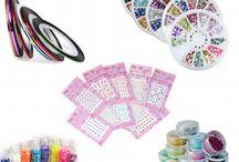 Nail Art / Decorate le vostre #unghie con #fantasia e #creatività. #Stickers #StrippinTape #Microperle #Glitter #Pailette #Micropittura in #acrilico.  Set Stamping, Penna per la Decorazione dell'unghia, Nail Foil, Ruote con Decori Misti.