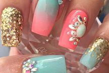 swarovsky nails
