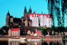 Europe / Take a river cruise, land tour or rail excursion of Europe with Mayflower Tours