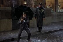 Singin' in the Rain (1952) /  This article is about the 1952 film. For the 1929 song sung in this film, see Singin' in the Rain (song). For the stage musical, see Singin' in the Rain (musical). Singin' in the Rain is a 1952 American musical comedy film directed by Gene Kelly and Stanley Donen, starring Kelly, Donald O'Connor and Debbie Reynolds, and choreographed by Kelly and Donen.
