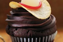 Cupcakes / by Andrea Blackwell