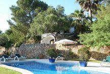 Casa MARÉS - Vacaciones en Mahón - Menorca (Islas Baleares) - Spain. / Esta casa de campo está situada en la carretera de Mahón a Fornells, a tan sólo 4km del puerto natural de Mahón. Las playas del norte de la isla, Sa Mesquida, Es Grau, Arenal d'en Castell y Son Parc, se encuentran de cinco a diez minutos en coche. Es imprescindible disponer de vehículo.