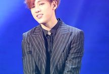 Bambam1 / Stage Name: BamBam (뱀뱀) Birth Name: Kunpimook Bhuwakul (กันต์พิมุกต์ ภูวกุล) Nationality: Thai Position: Lead Rapper, Lead Dancer, Vocalist Birthday: May 2, 1997 Zodiac sign: Taurus Height: 176 cm (5'9″) Weight: 52 kg (115 pounds) Blood Type: B Specialties: Rapping in Thai, dancing on girl bands songs Hobbies: Listening to music Favorite Food: Cheeseburger, Ddom yang kkoong Favorite Artist: G-Dragon Instagram: @bambam1a Twitter: @bambam1a
