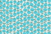 AF's Wallpaper / Ser diferente no modus de arquitetar. A roupa da parede.