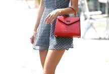 Celebrities Street Style /Lookbooks