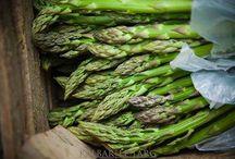 Zdrowe odżywianie / Warzywa czy sok? Czy soki warzywne i owocowe mogą zastąpić warzywa i owoce? Czym różni się skład warzywa w całości od soku z tego warzywa? Picie soków to dobra alternatywa na dostarczenie organizmowi potrzebnych składników; jednak ta forma nie powinna być jedynym ich źródłem a możliwością urozmaicenia posiłków.http://www.spainfo.pl/_artykul,spa-uroda-Czy-picie-sokow-warzywnych-moze-zastapic-jedzenie-warzyw,idd,13,ida,150.html