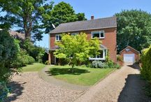 Heacham, Kings Lynn / A well-presented family home occupying a private 1/4 acre corner plot backing on to woodland. 3 reception rooms, kitchen, breakfast room and cloakroom. 4 double bedrooms, master en-suite and family bathroom. Mains services, UPVC double glazing throughout and garage with electrically operated doors.