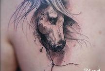 tatuaż koń