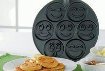 Apetrechos de cozinha / Variedades de materiais para cozinha e para auxiliar a culinária