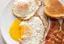 Breakfast / by Leslie Mintz