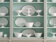 Arranging China in bookcases
