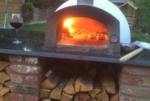 wood fired oven / etna 600 #etnaoven #pizzaoven #outdooroven #woodburningoven #traditionaloven #traditionalcooking #traditionalpizza #woodfireoven #outdoorcooking #notjustpizza #backyardcooking #theoriginalbbq #paleocooking #gardenaccessory #backyardmusthave #manlycooking #artisancooking #outdoorinspiration #fornoalegna #fouràpizza #hornodepizza #pizzaofen #pizzaovn #pizzauuni #piecdopizzy #giftideas