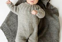 Strikkeklær til baby guttene