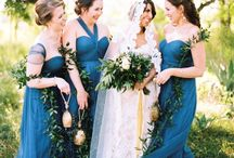 Blue hues wedding / Get the blues from navy to just a hint