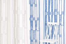"""Essy Winnerholt / Essy Winnerholt (f 1987) tog kandidatexamen i textildesign vid Textilhögskolan i Borås i juni 2015. Essy vann Borås Cottons designtävling för studenter på Textilhögskolan i Borås hösten 2015 och hennes vinnande bidrag """"Lejdaren"""" finns nu i vår kollektion. Essy har på ett personligt och formsäkert sätt tolkat Borås Cottons nordiska textilarv. Hon har med enkelt och lekfullt uttryck skapat en unik och genomtänkt kollektion, som bildar en länk mellan då och nu."""