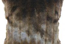 Faux Fur Throw Pillows / Faux Fur Throw Pillows