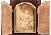 Velvet Picture Frames / by Cindy Fandl