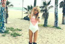 cool beach girls