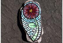 craft / Glass mosaics and knitting