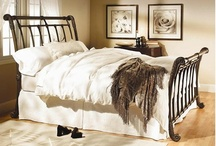 Bedding & Headboard Ideas / by Janis Penick