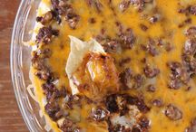 Football Food / Fun, easy to make and oh so good food to serve at the next big game.