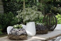 Garden table decor