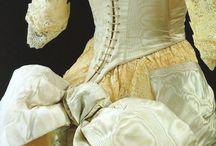 dresses ď epoch/ 1500 at 1900