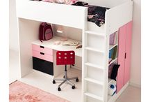 Kids rooms / by Cynthia G.