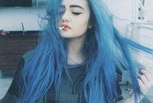 Grunge hair