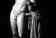Statues / by Ivan Mora