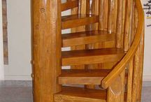dřevené schody