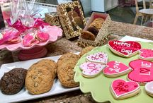 Valentine's Day / Valentine's Day Desserts and Gifts