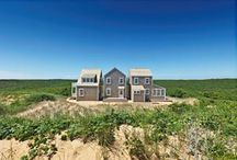 Showcase Project in Truro, Cape Cod / Three's a Charm A Cape Cod cottage in Truro, MA artfully deconstructs the local vernacular. As you approach, the tidy house does something remarkable, splitting into three seemingly separate cottages joined by narrow, glass-walled links.