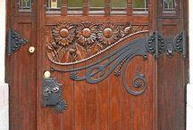 Kapı (Door)