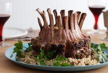 Ricette italiane / La cucina regionale italiana vanta innumerevoli contrasti di sapore ideali per accontentare ogni gusto, dal più esigente a quello più popolare. Eccone un assaggio!
