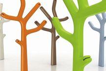Casamania / Marque italienne créée en 1984 par Frezza, Casamania collabore avec les meilleurs designers italiens et internationaux pour dessiner du mobilier design, fonctionnels et de qualité. La marque propose des produits à l'esthétique travaillée et contemporains. En 3 mots, les meubles Casamania peuvent se décrire ainsi, séduisants, fonctionnels et colorés. Les créations Casamania sont modernes et originales avec une touche unique.