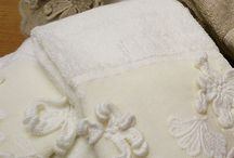 Bath towels / Precious #linen for #bathroom: #towels with precious #laces and #rugs