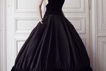 *** black is the new black *** / womens fashion