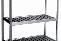 Venda de prateleiras de aço inox / As prateleiras em geral são uma alternativa absolutamente viável para muitos segmentos, a venda de prateleiras de aço inox, por exemplo, normalmente é voltada para cozinhas industriais, restaurantes, lanchonetes, etc.