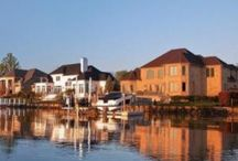 LAKE NORMAN LUXURY HOMES / Luxury Homes for Sale on Lake Norman in North Carolina..  Waterfront Real Estate for Sale.