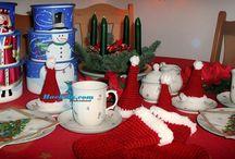 Häkeln zu Weihnachten ♥ Kostenlose Anleitungen und Vorlagen / Weihnachtliches häkeln. Häkelanleitungen & Ideen ❣☺ Häkeln. Anleitungen . Häkelanleitungen, Filethäkeln. Topflappen, Gardinen, Decken. Granny Squares. #häkeln #haekeln #häkelanleitungen #umsonst #gratis #kostenlos #diy #crochet #crochetpattern