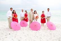 Wedding Parasols / unique ways to use parasols at weddings / by Simple Big Day
