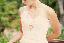 Wedding hair / by Lindsay Rothrock