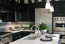 Blk and white kitchens