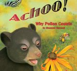 Into the Forest / Fun books and activities featuring animals you will find in the forest!