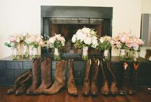 Baby seester's wedding ideas / by Danise Hyatt