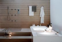 INTERIOR / BATHROOM
